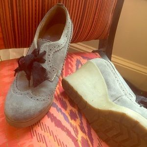 Oxford wedge w lacey laces